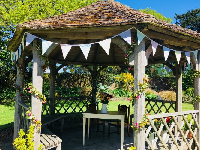 wedding-garden-moreton